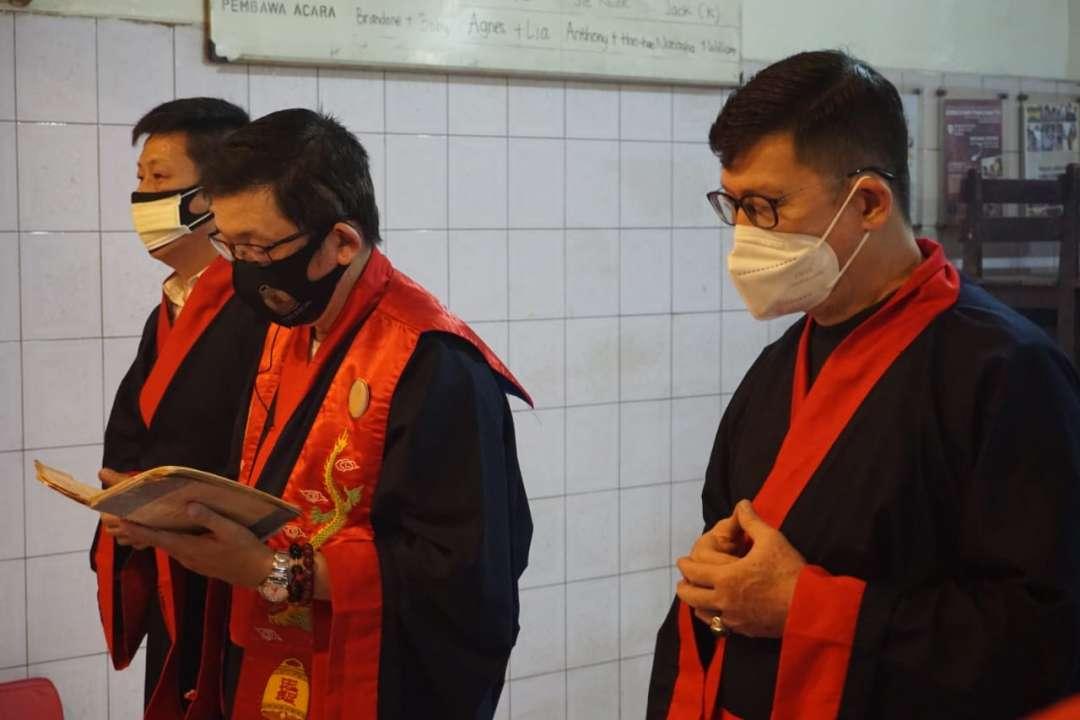 PERINGATAN ZHI SHENG DAN 2572 KONGZILI DI KELENTENG PAK KIK BIO HIAN THIAN SIANG TEE SURABAYA