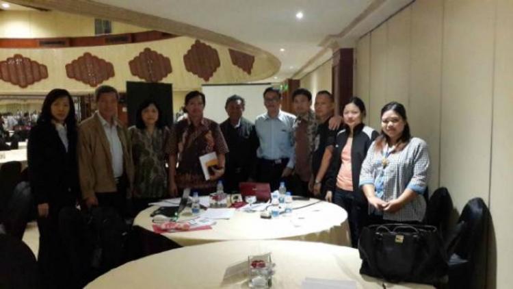 Rapat Kerja Penyelarasan/Penelaah (Tahap I) Buku Teks Pelajaran Kurikulum 2013
