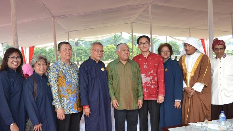 Peringatan Hari Perdamaian Dunia & Deklarasi Indonesia Bergerak Menyelamatkan Bumi