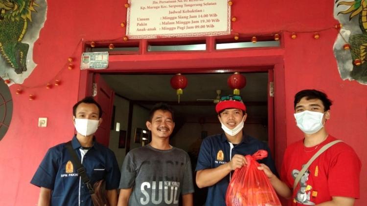Dikala Pandemi COVID-19, Pemuda Agama Khonghucu Indonesia (PAKIN) Nasional mengadakan Bakti Sosial bagi Umat yang Terdampak